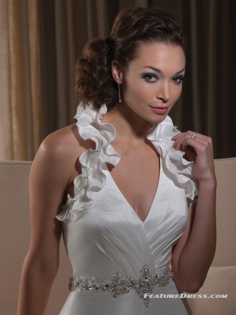 V neck wedding dresses as a unique wedding dress for girls