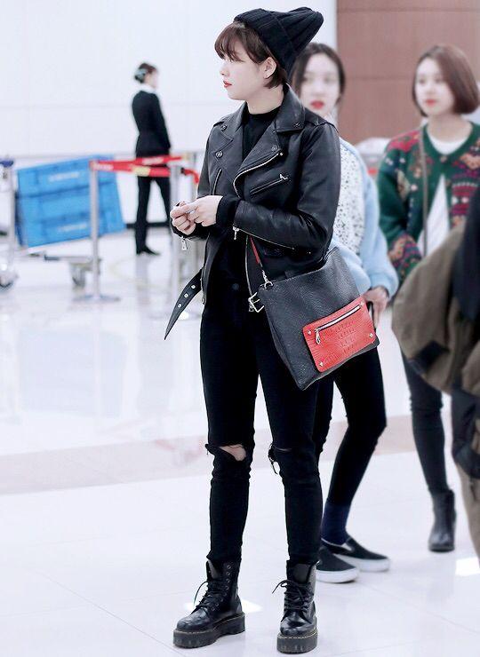 twice jungyeon kpop airport fashion