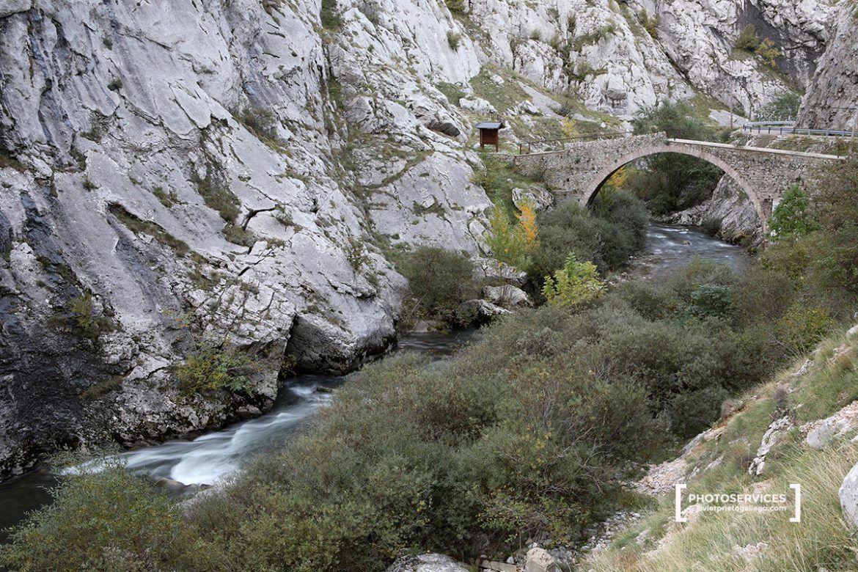 La Ruta De San Froilán Un Paseo Entre Peñas Y Calzadas Romanas Por El Curueño León Siempre De Paso Siempre De Paso Calzada Romana Rutas Rutas De Senderismo