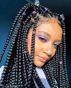braided hairstyles for girls #Braidedhairstyles #boxbraidshaircuts # Braids africanas woman #Braids africanas color