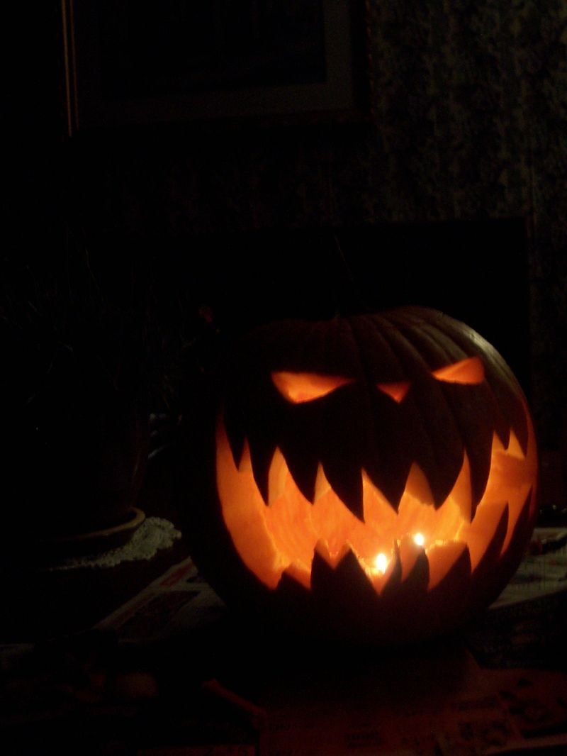 Cool pumpkin carving ideas more pumpkins halloween Awesome pumpkin designs