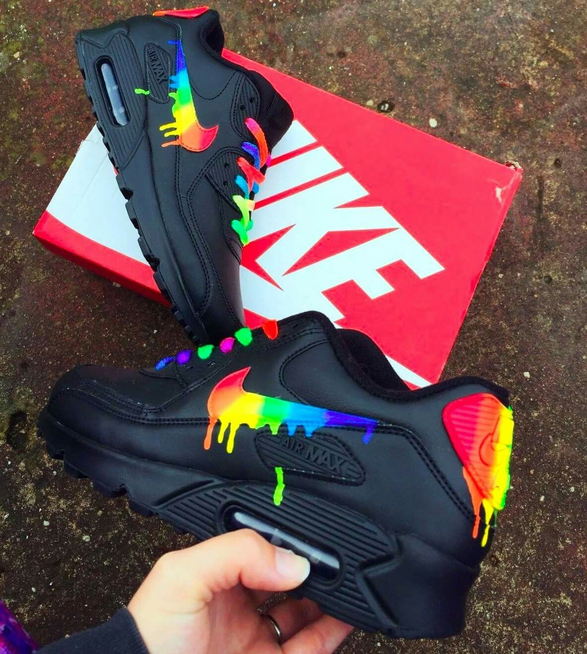 chaussure nike lgbt
