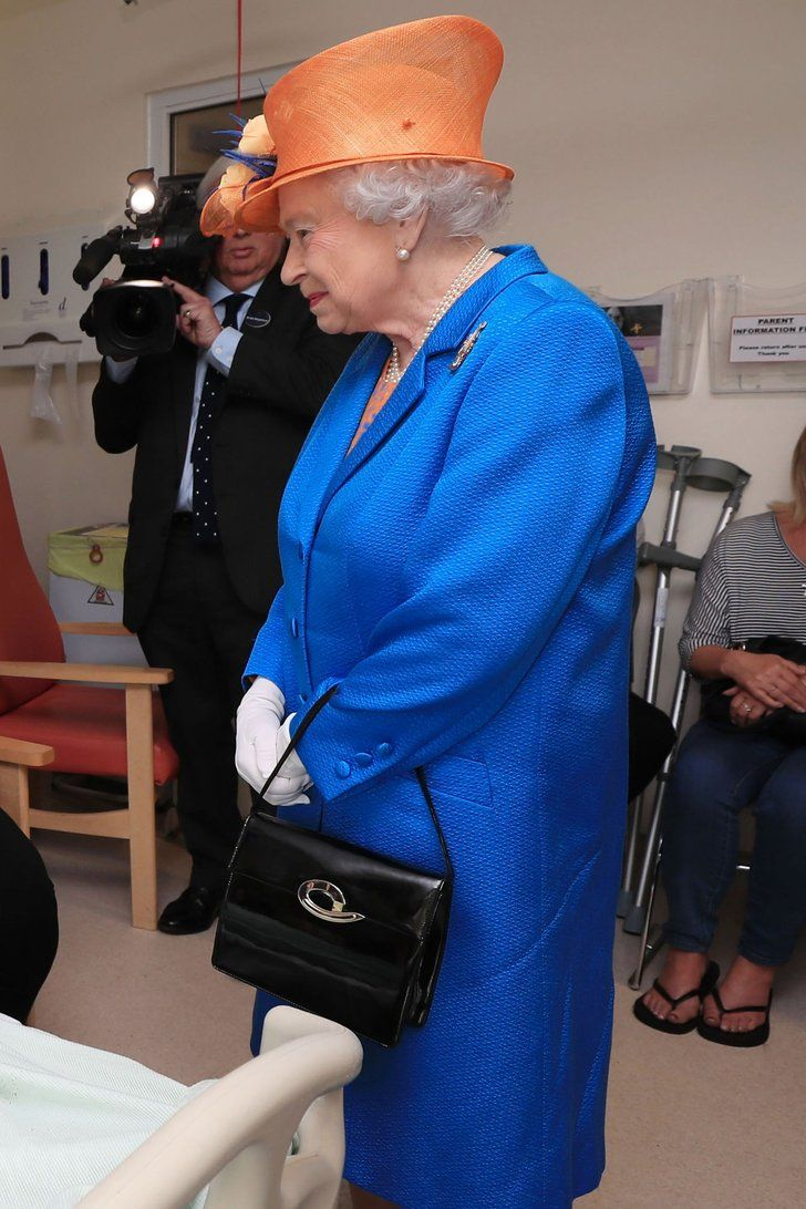 Young Manchester Bombing Victims Get a Special Visit From Queen Elizabeth II