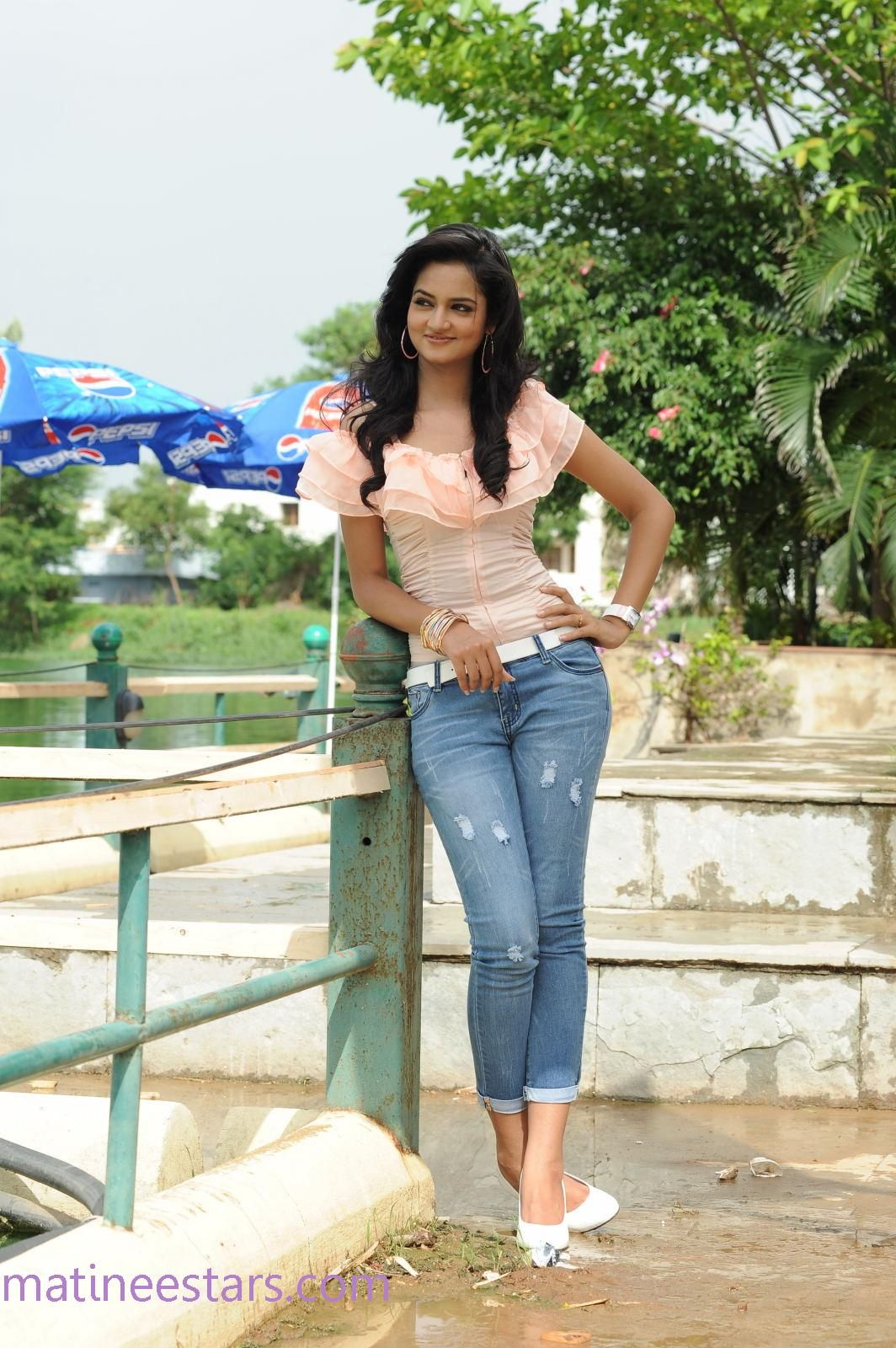 Shanvi Stills In Light Blue Jeans And Light Pink Top ...