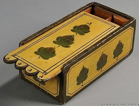 YELLOW PAINT-DECORATED SLIDE-LID BOX, AMERICA, EARLY 19TH CENTURY, THE TOP AND SIDES ORNAMENTED WITH LEAF AND BERRY MOTIFS.