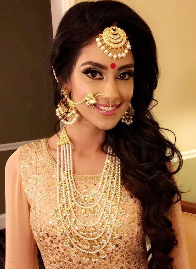 Indian Wedding Jewellery Outfits Bridal Wear Weddings South Asian Dressing Table Hairstyles