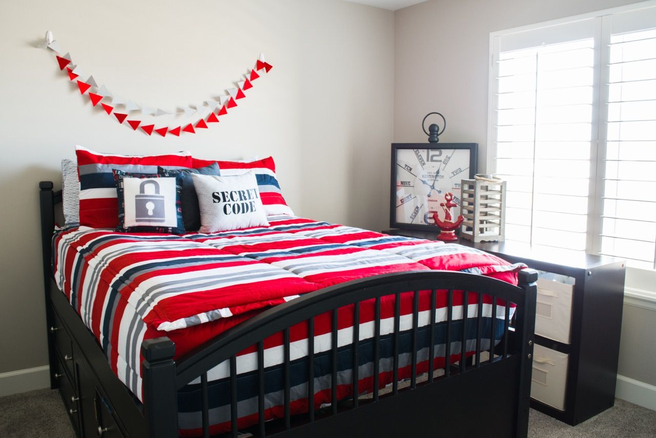 Cute boy bedding! Zipper beds! Beddys.com | Beddys Beds | Pinterest