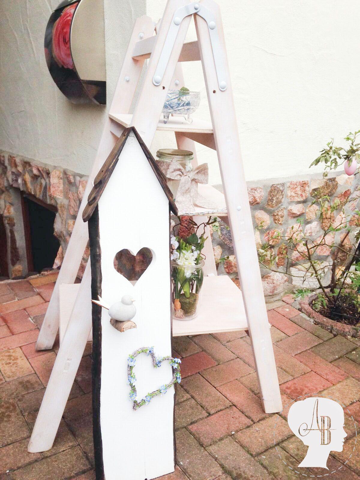 dekoleiter gestalten dekoleiter alte holzleitern und. Black Bedroom Furniture Sets. Home Design Ideas