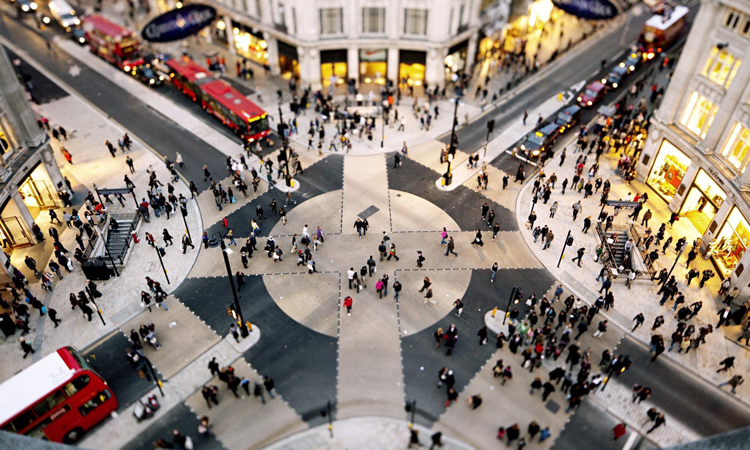 Pedestrian scramble phase, Oxford Street, London, UK. More