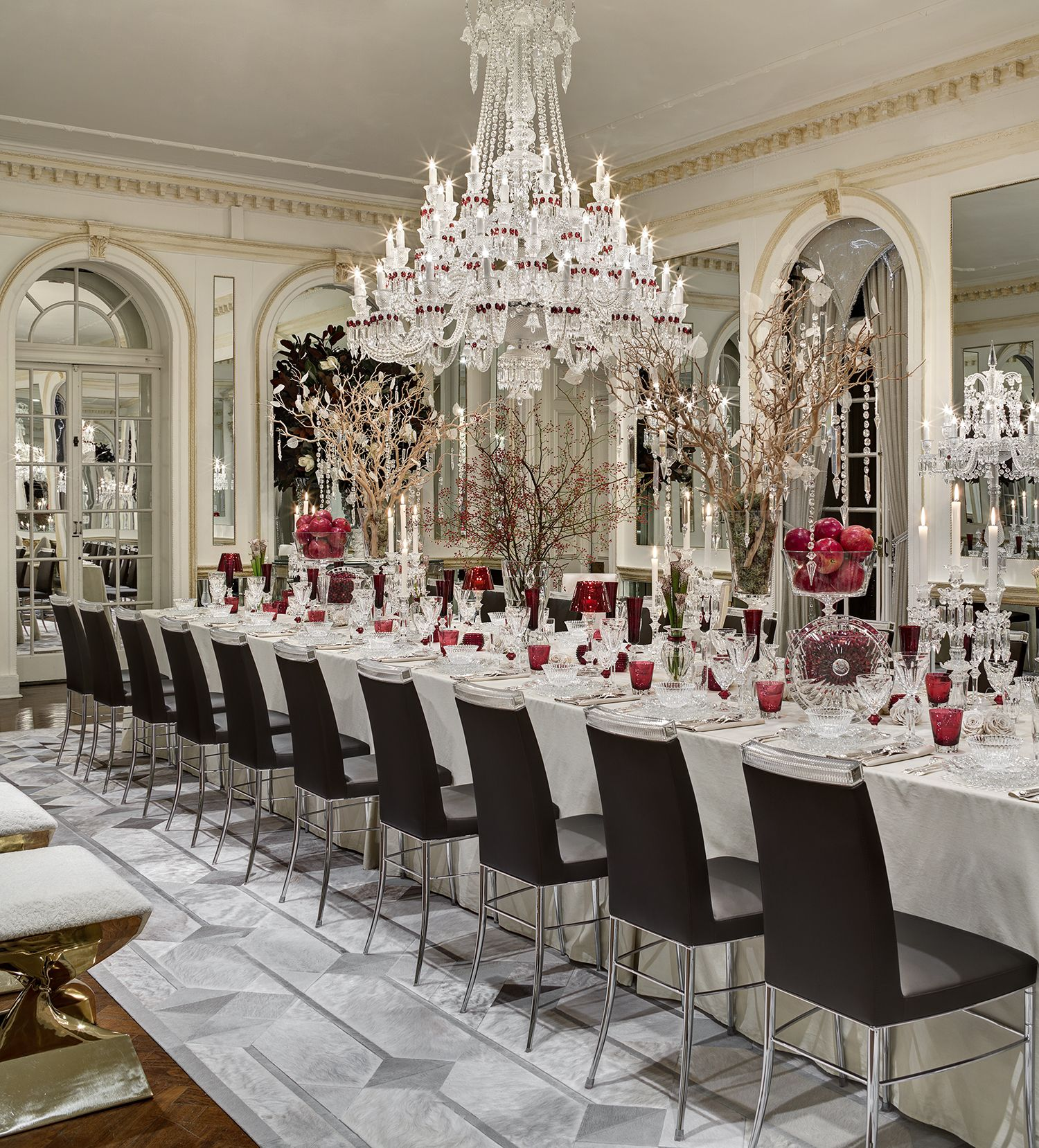 Red And White Dining Room Beautiful Red And White Dining Room Decor Chandelier