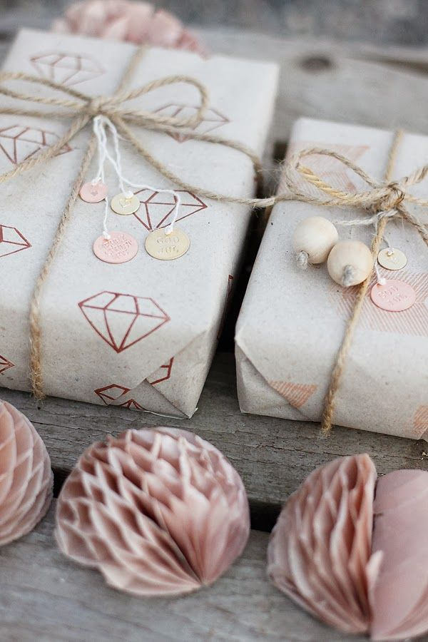 an-magritt: Gift wrapping \\ twine, stamped metal circles, wooden beads