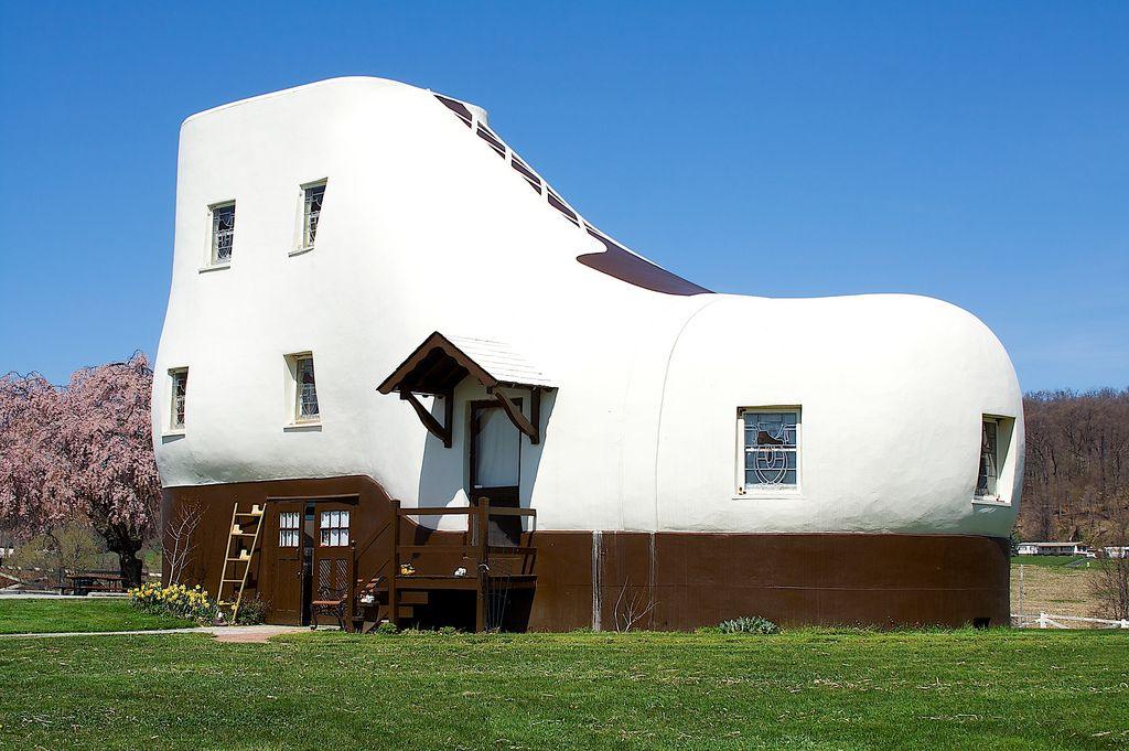 60 Unbelievable Houses Ideas Exterior Paint Crazy Houses Unusual Homes