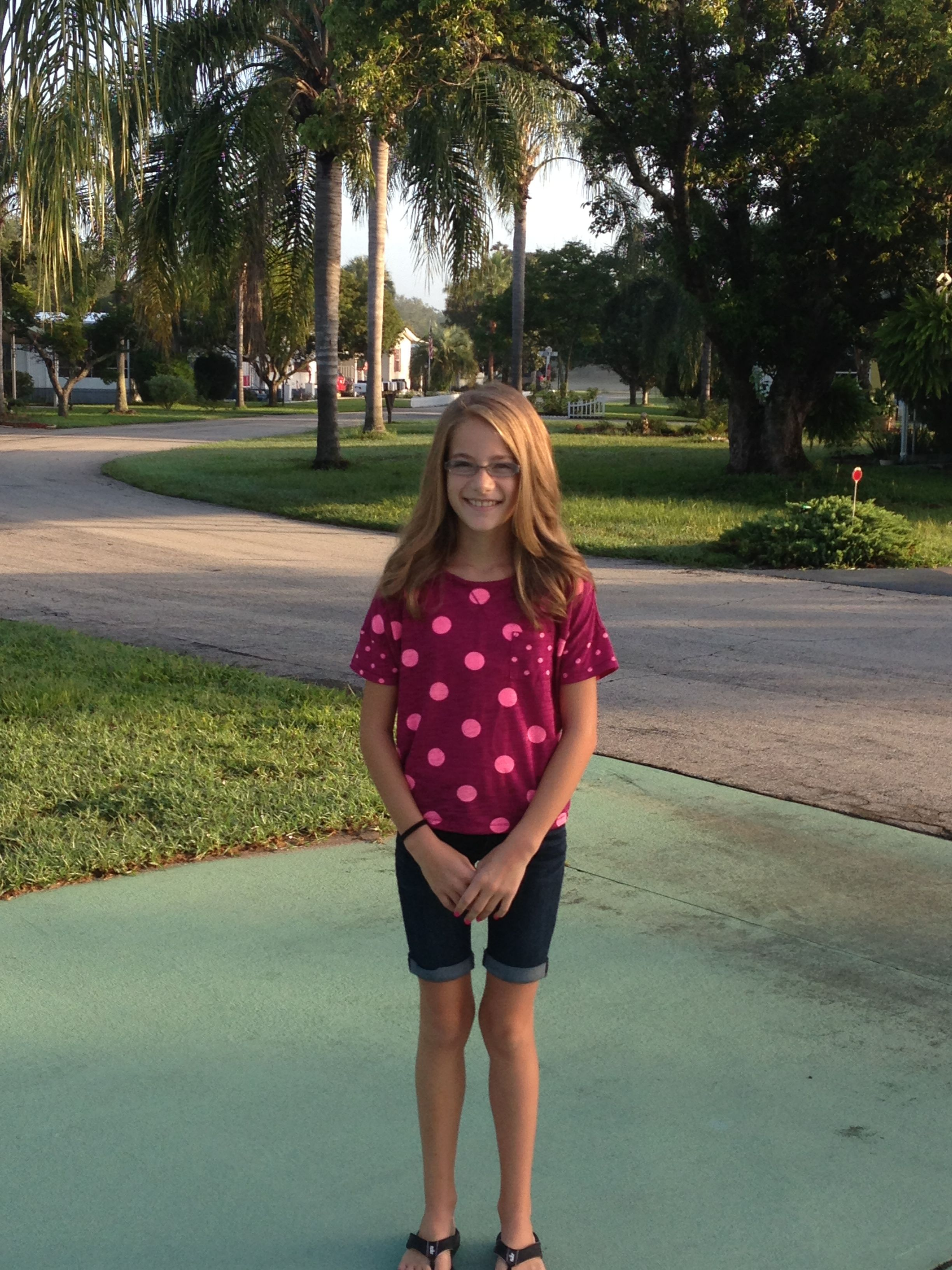 First day of 7th grade 😊 Women, Womens shorts, Fashion