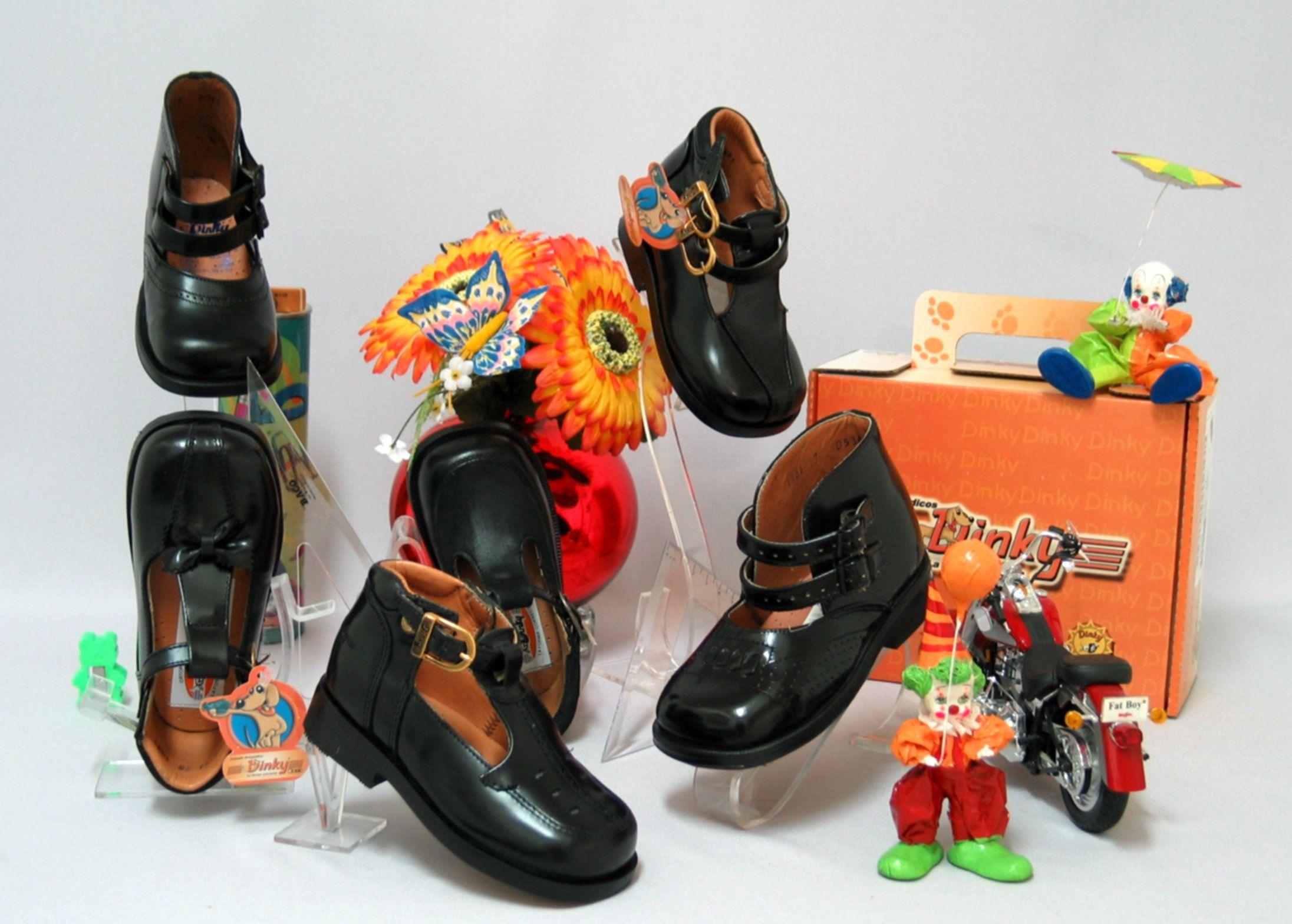 306649f23 Variedad de zapatos ortopédicos para niños varones de 5 a 16 años de edad