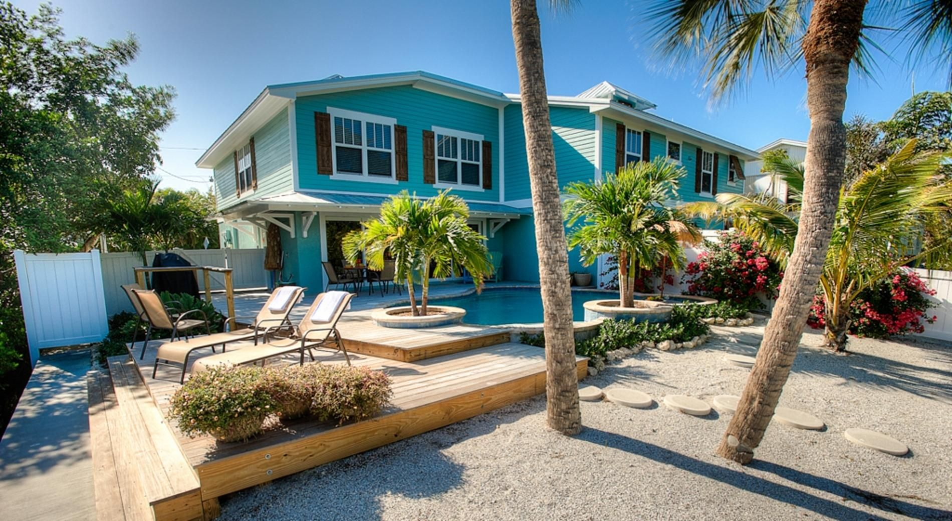 Sunset Shore Vacation Rental In Anna Maria Florida Ami Locals Island Vacation Rentals Anna Maria Island Rentals Vacation Rental