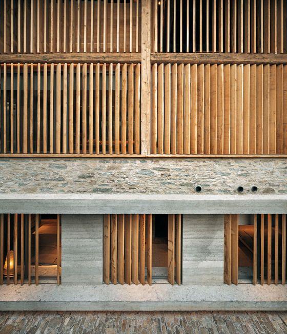 wohnhaus in soglio bauernhof haus pinterest. Black Bedroom Furniture Sets. Home Design Ideas