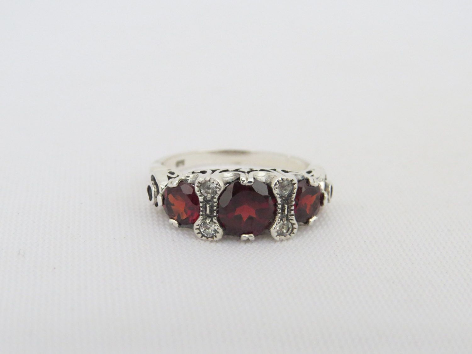 Vintage Sterling Silver Red Garnet & White Topaz Ring Size 6 by wandajewelry2013 on Etsy