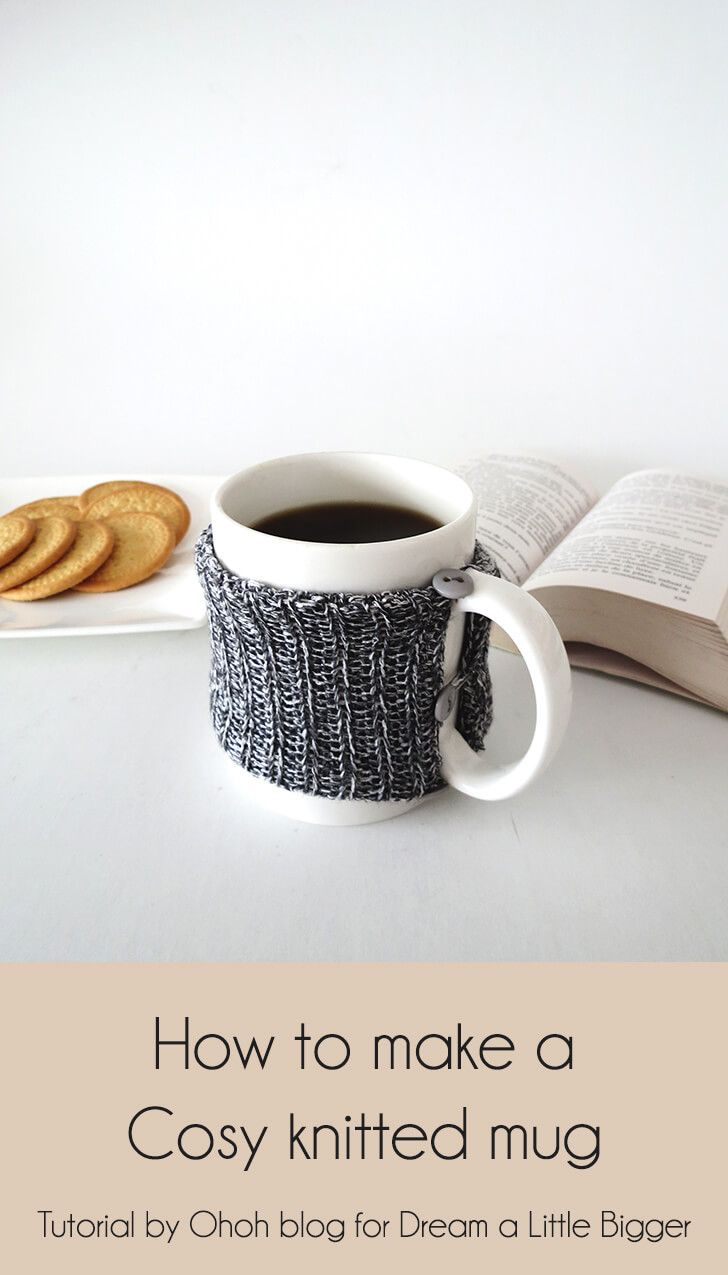 How to make a cosy knitted mug old sweater homemade
