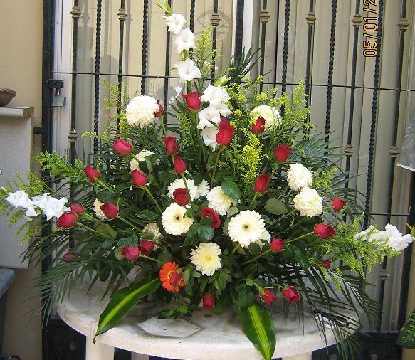 Natural Wedding Altar: ARREGLOS DE FLOR NATURAL IRIS