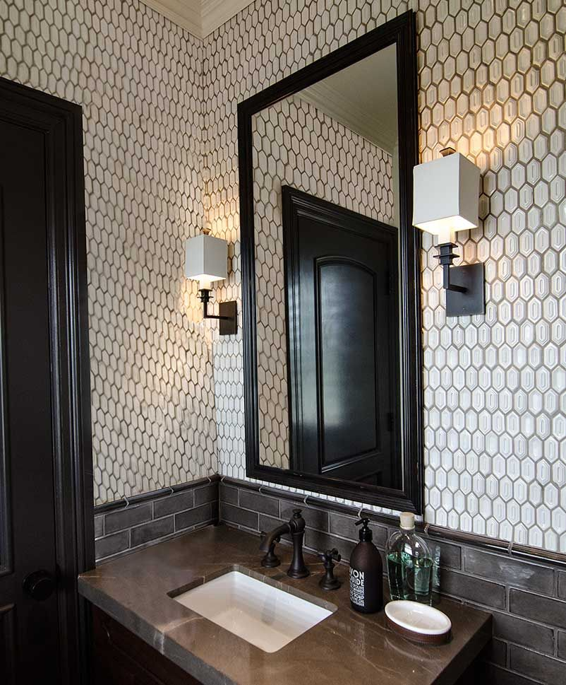 13 Dreamy Bathroom Lighting Ideas: Darryl Carter & UECo