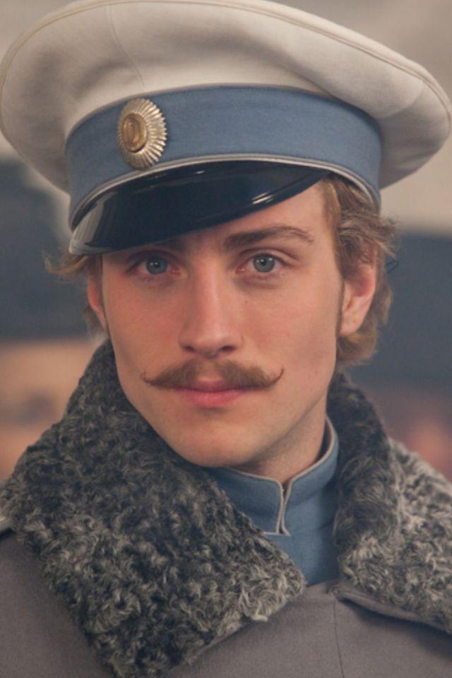 Count Vronski   Anna karenina, Aaron johnson, Anna ...
