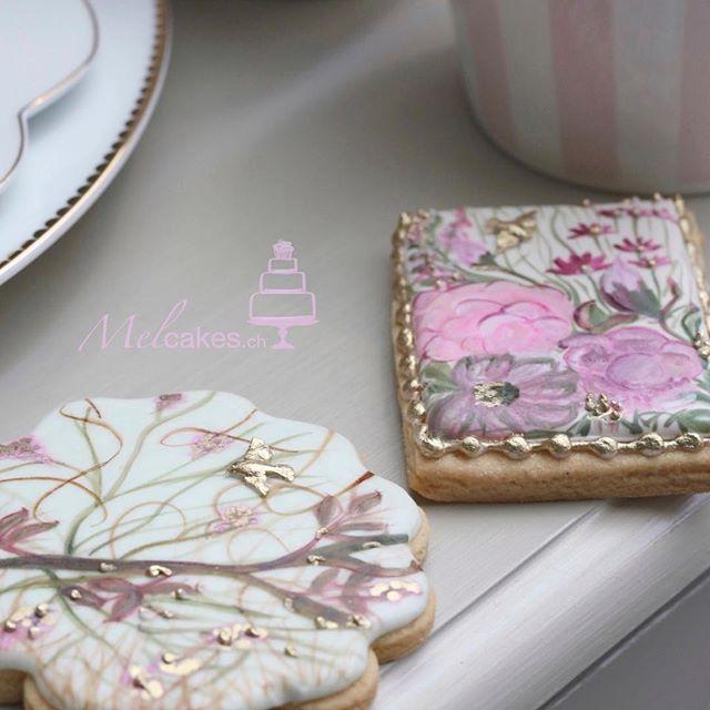 Handpainted royal icing cookies#decoratedcookies#Melcakesswitzerland