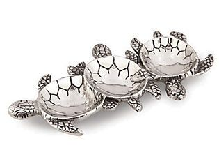 I love turtles and this little platter is perfect.