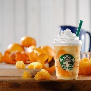 スタバがオレンジをまるごと味わえる夏限定クラッシュ オレンシ フラヘチーノ発売