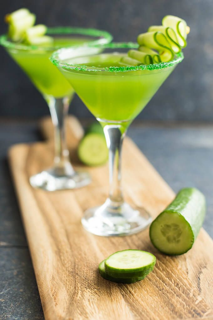 Top 14 Girly Alcoholic Drinks | StayGlam.com