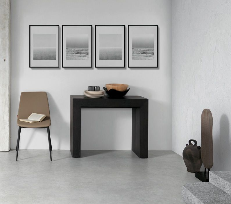 consola extensible convertible en mesa de comedor acabados en chapa de madera oscura