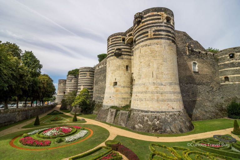 France Road Trip Itinerary: Loire Valley and Normandy - Curious Travel Bug