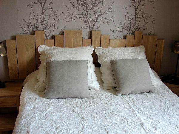 t te de lit d co boite id es lit decoration et t te de lit papier peint. Black Bedroom Furniture Sets. Home Design Ideas