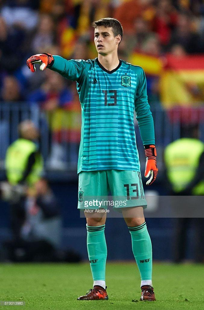 Kepa Arrizabalaga of Spain reacts during the international friendly match  between Spain and Costa Rica at La Rosaleda Stadium on November 11 4b6da463b05a3