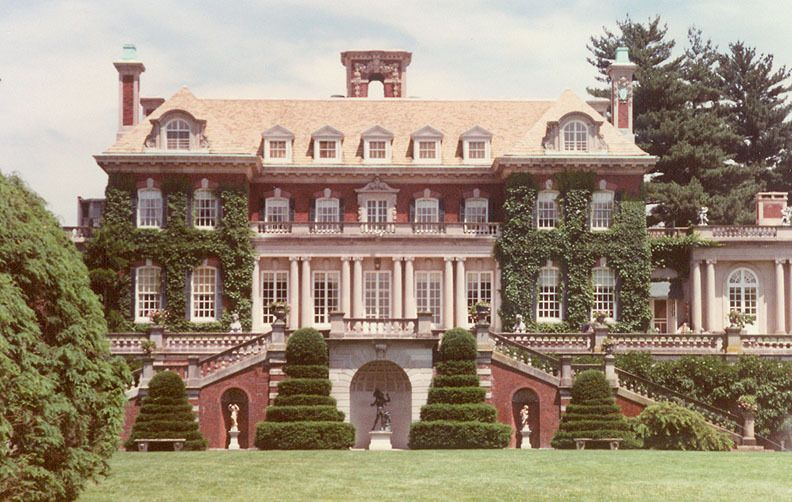 F Scott Fitzgerald The Great Gatsby Chapter I Gatsby House Mansions Colonial Mansion