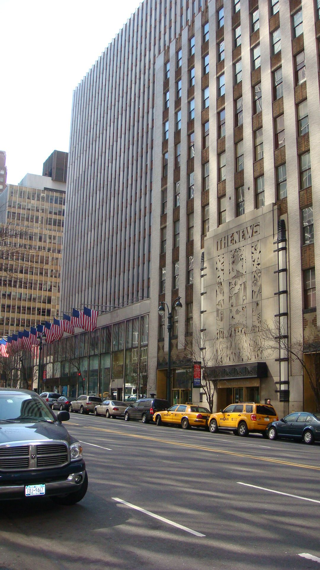 The New York Daily News Building Joe Cruz Photo Great