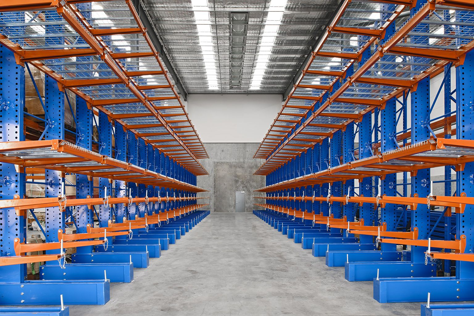 warehousing and storage system Our cold room warehousing  owned / leased godown spaces we offer our customers the opportunity of minimizing their investment and provide a modern storage system.