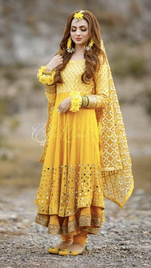 0ae9eb2cd4 Pin by 👑mar u.j👑 on Mayun in 2019 | Bridal mehndi dresses, Bridal  dresses, Pakistani bridal dresses