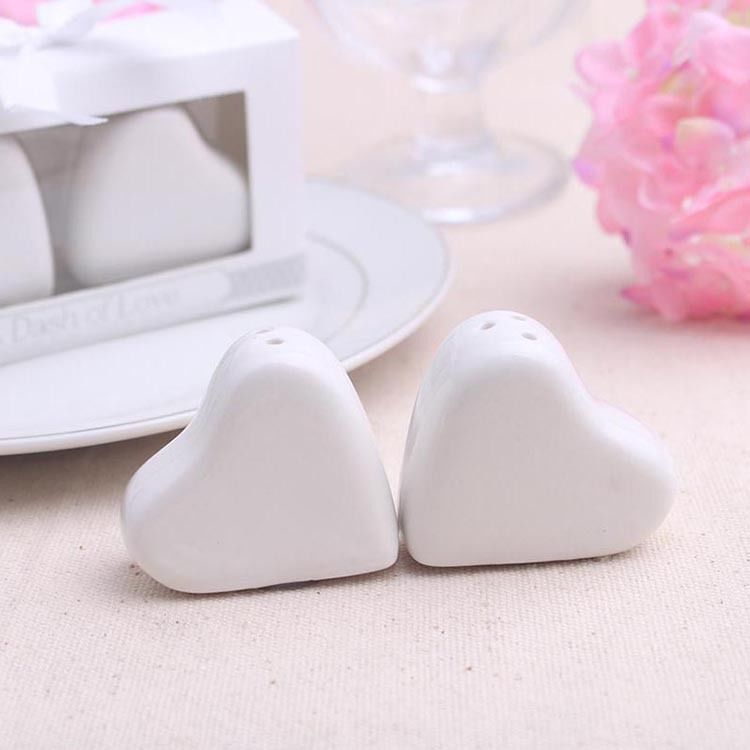 7 99 Love Heart Salt And Pepper Shakers A Dash Of Love Wedding