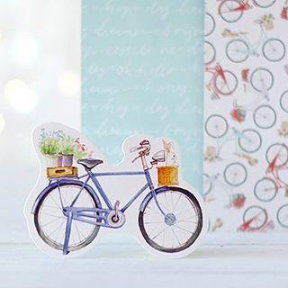 Porque será que gustan tanto las bicis? Pasa como con las estrellas, es entrar un papel con este estampado a la tienda y en nada no queda ni uno. Esta 🚲 en concreto es para morir de amor ❤️ 👉🏻www.starsandrockets.es/novedades👈🏻 😀#scrapbooking #scrapbook #scrap #bike #kawaii #americancrafts #rabbit #shabbychic #crafts #DIY #handmade #scrapbookalbum #bike #cute #cuteness #sweet #postcard #creativation2017 #cha2017 #starsandrockets