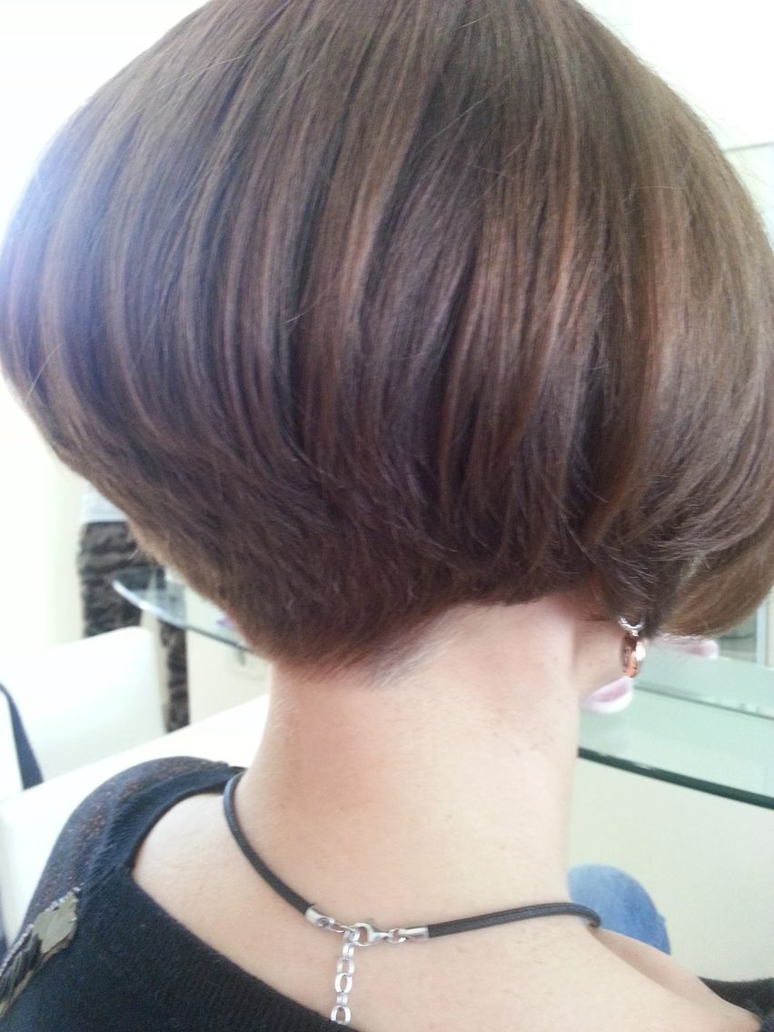Pin by stella on bobs pinterest bobs haircuts and short hair