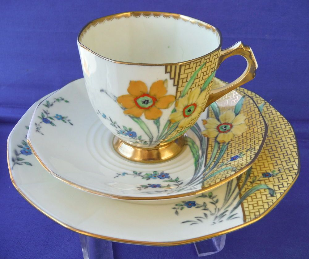 Ebay Uk: 1930's Tuscan Plant Art Deco Daffodil Trio # 1 In Pottery