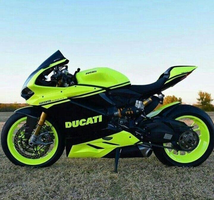 Ducati Motorcycles Bikers Bikes Wheels Motorbikes Riders