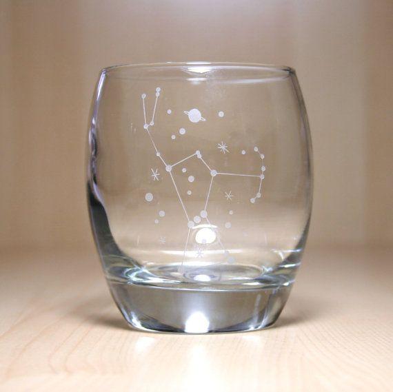 Thème de l'espace pour le Constellation - gravé rond verre de roches - Orion