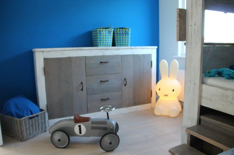 Design Commode Slaapkamer : Handgemaakte kast of commode voor stoere babykamer kinderkamer
