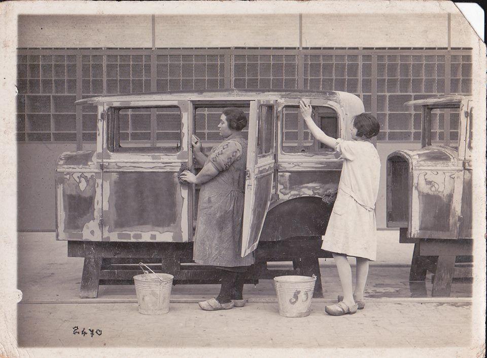 Sanding sheet metal to prepare for paint Vintage cars