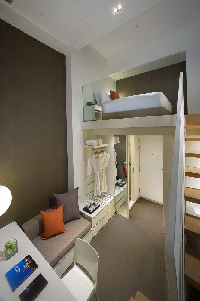 Small Hotel Room: Studio M Hotel Singapore