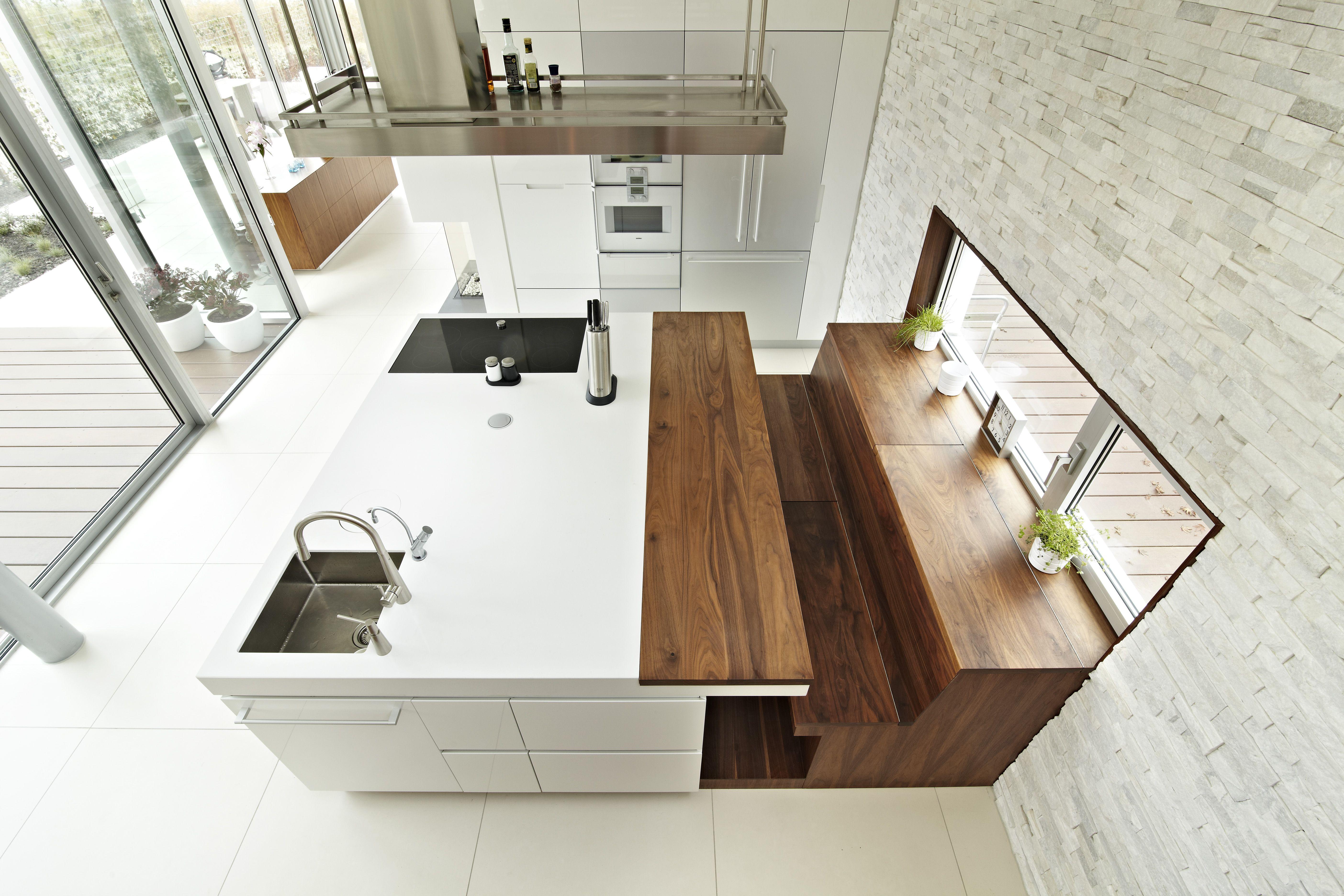 Keuken Met Trap : Keuken #himacs #wijnkoeler #trap #bank #afzuigkap #houtwerk