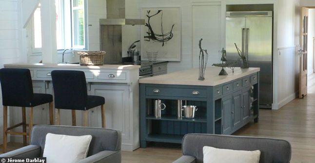 wwwmaragat/idee-deco-salon-gris-couleurs-froides-bleu
