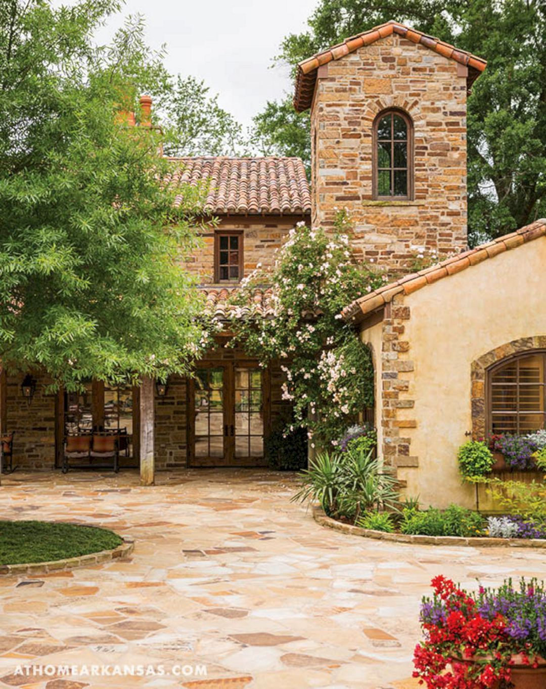 Italian Farmhouse Style Homes
