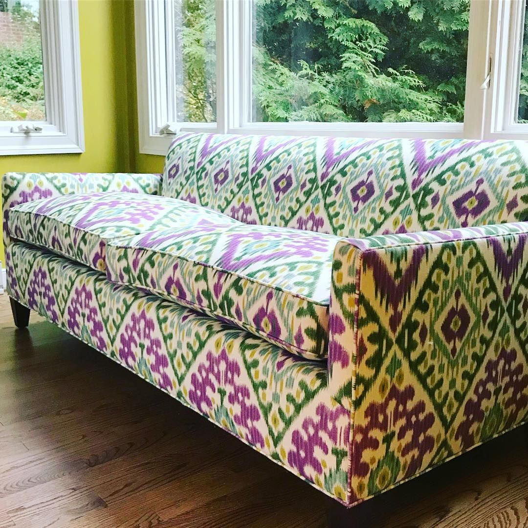 60 Likes 7 Comments Suellen Gregory Suellengregory On Instagram This Makes Me Smile Such A Happy Little Sofa Cantwaittofin Furniture Sofa Home Decor